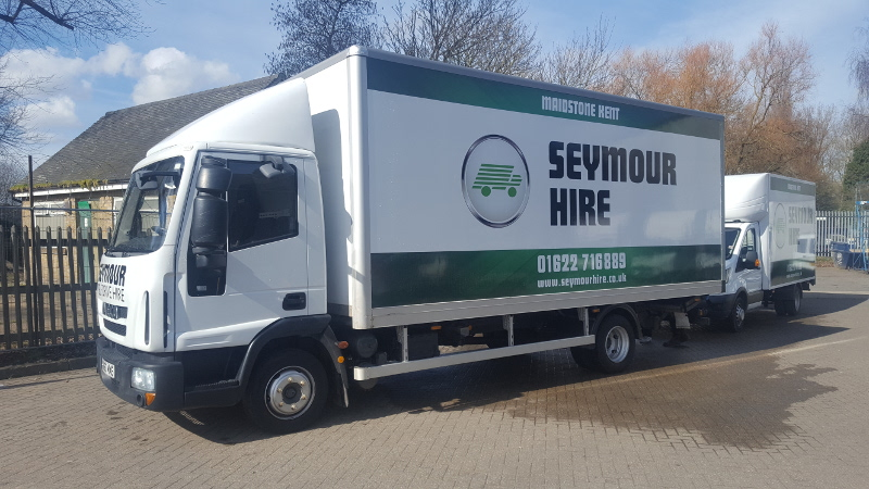 7.5 Tonne Truck with Tail-lift [Group TR01] - Van & Car Rental/Hire